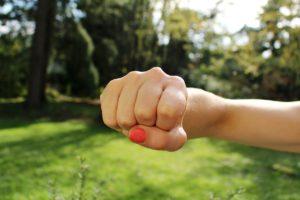 dolor en articulaciones de mano